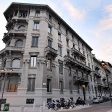 Milan, the comeback of luxury houses