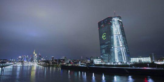 Eurozone Banks Halt Dividend Payments Due to Covid-19